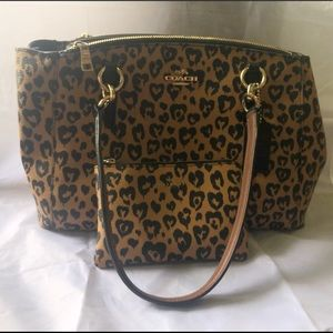 COACH Cute Leopard Handbag w/ matching wristlet.